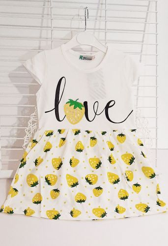 Платье Love клубнику Молочный