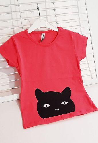 Футболка Черная кошка Малиновый