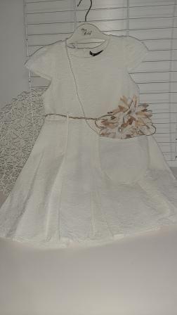 Платье нарядное Два цветка Молочный